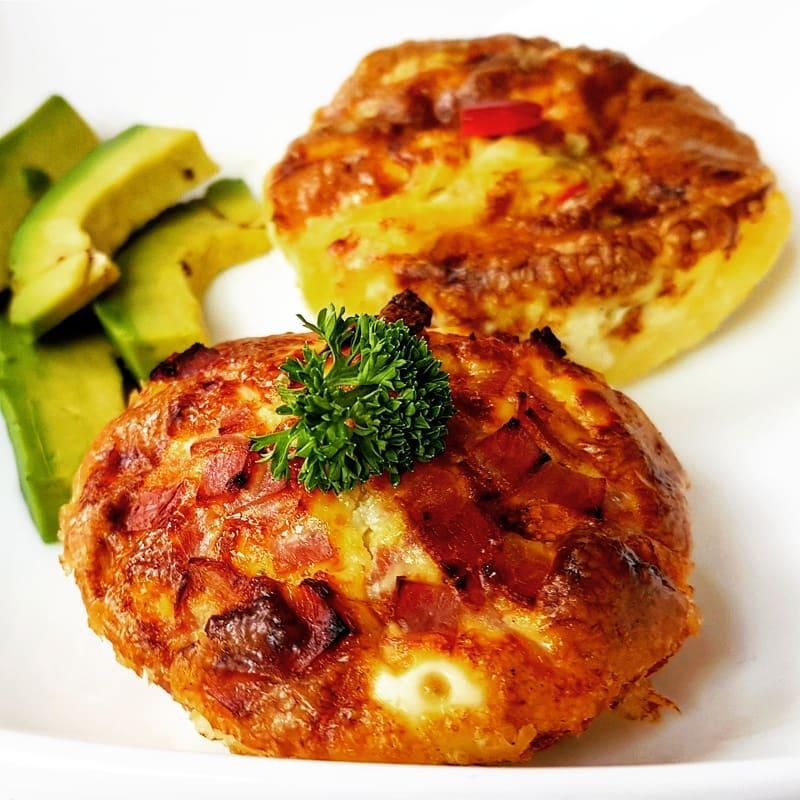 Muffins de Tocino y Queso.